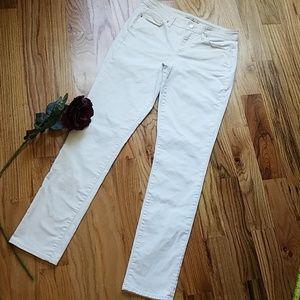 Calvin Klein jeans - White🔥